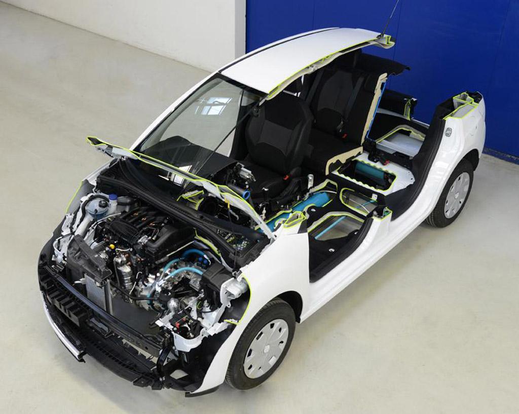 Peugeot представит гибрид, работающий на воздухе